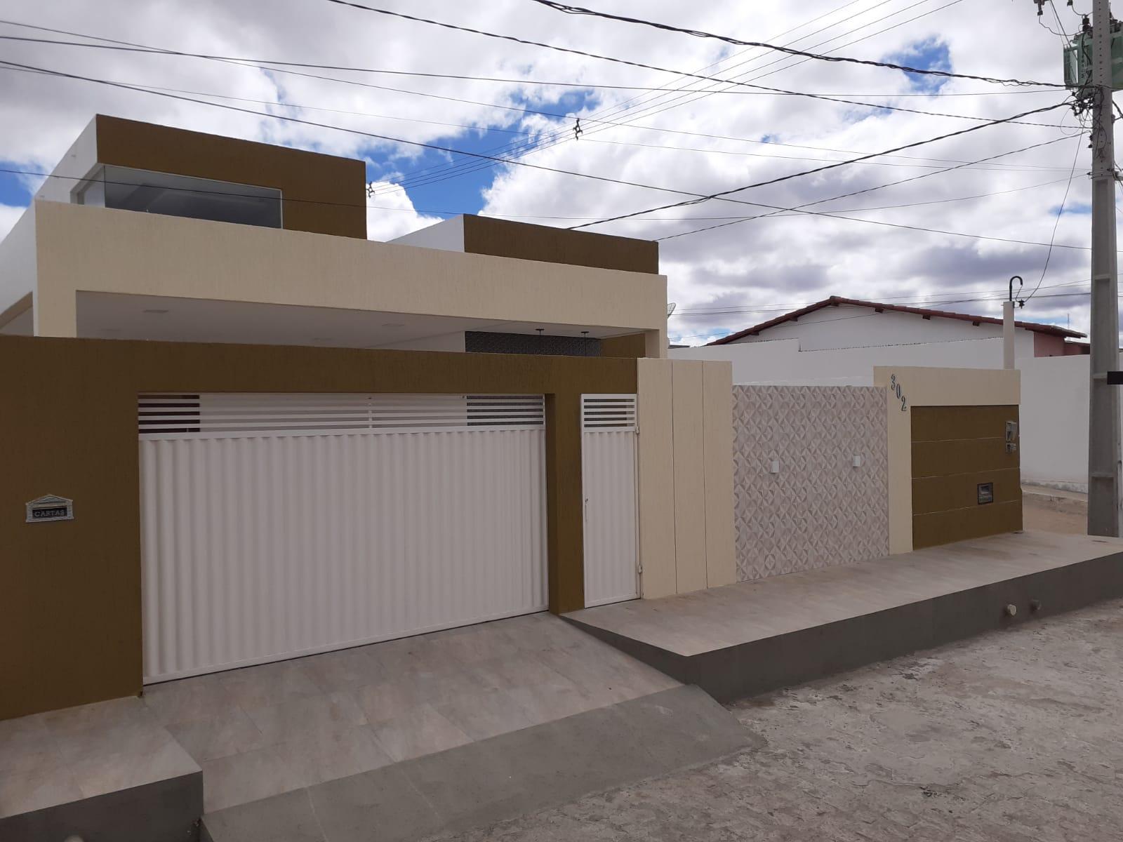 Casa com 3 Quartos Largo Júnior Toscano